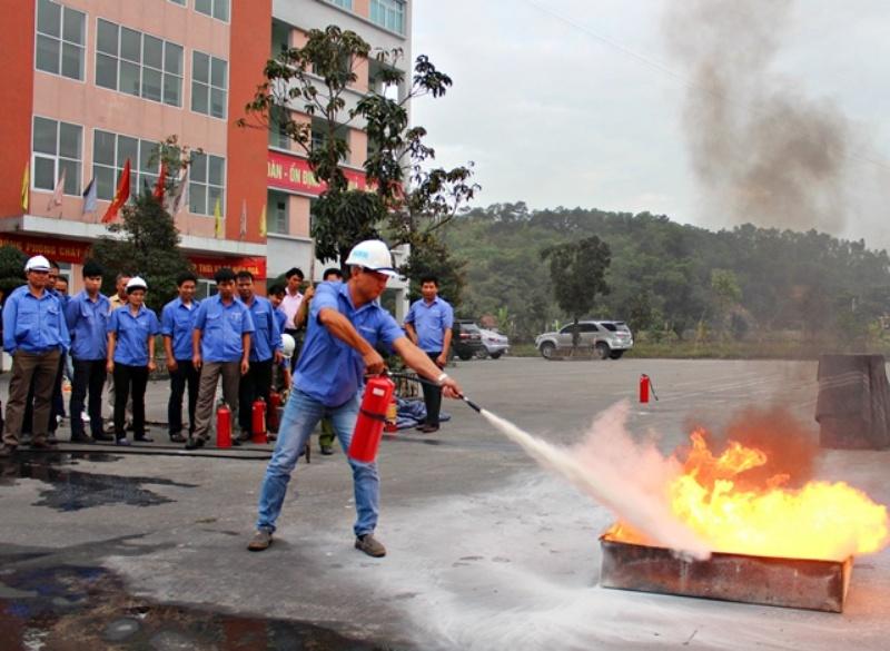 khóa học phòng cháy chữa cháy